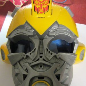 Voice transforming Mask w/ new batteries